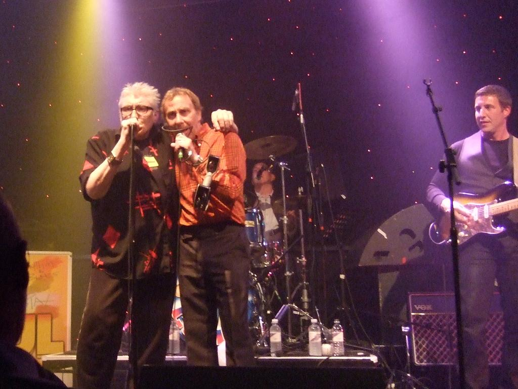 Steve and Chris  sang `All or Nothing` as a tribute to Steve Marriott