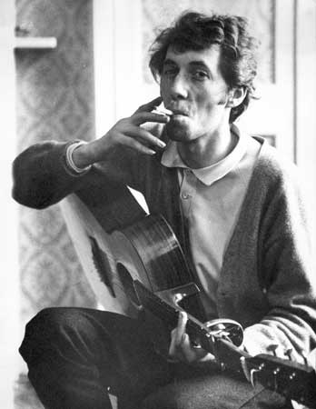 Bert Jansch - Major Talent. Inspiration to many guitar players worldwide